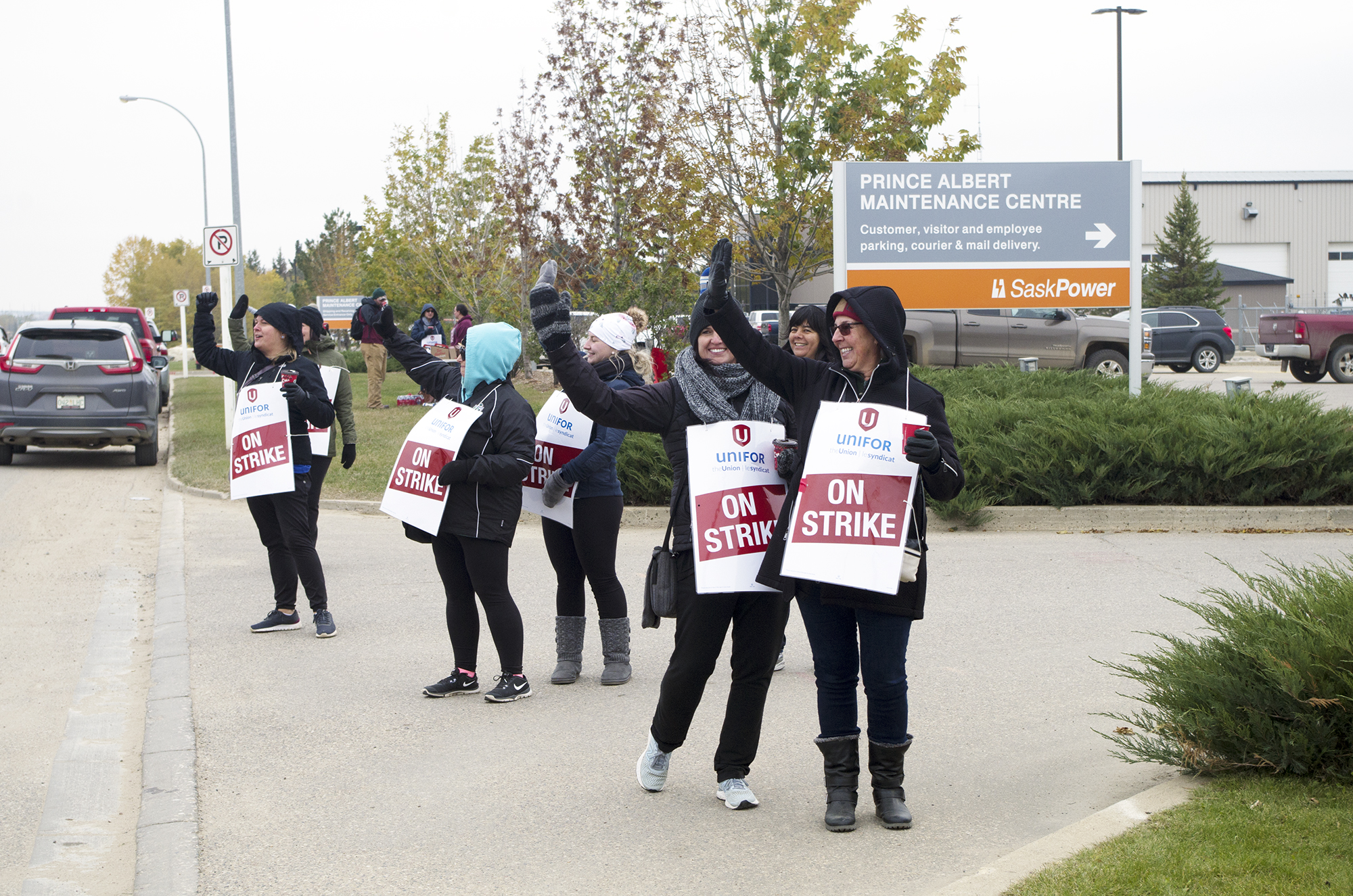 Crown workers to stay on strike in solidarity with locked-out SaskTel employees | Prince Albert Daily Herald